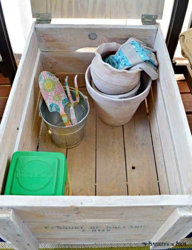garden-tools-storage-crate