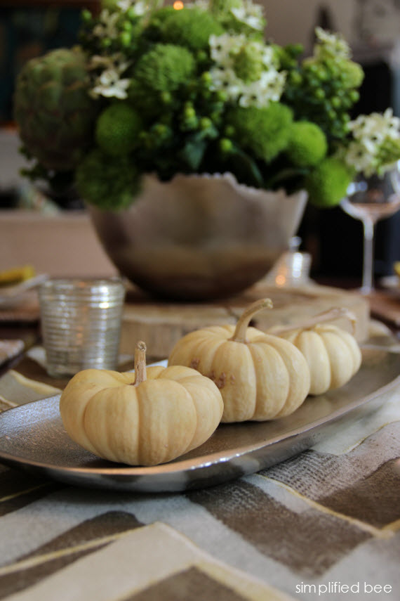 Contemporary Thanksgiving Table Setting  Simplified Bee