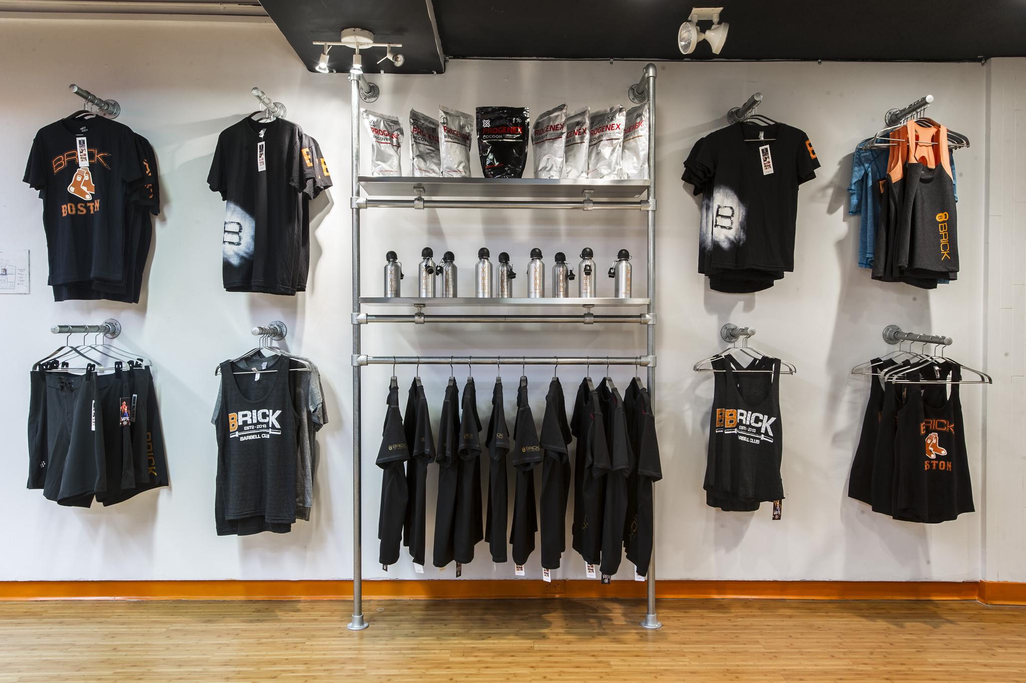 commercial grade clothing racks for