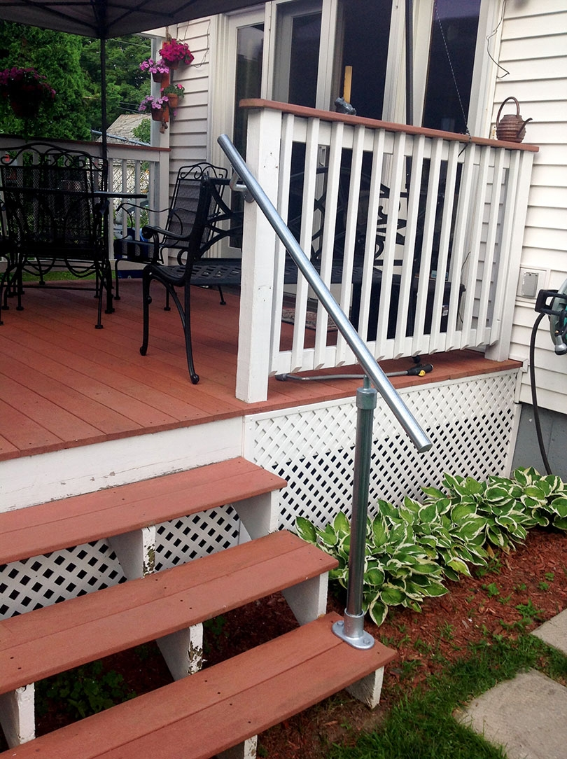 13 Outdoor Stair Railing Ideas That You Can Build Yourself | Front Porch Stair Railing | Single Step | Outdoor | Rail | Pressure Treated | White