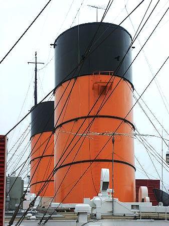 RMS Queen Mary  Page 3 Photos at Long Beach  Ocean