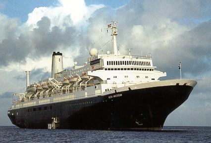 Afbeeldingsresultaat voor 2000: MS Nieuw Amsterdam