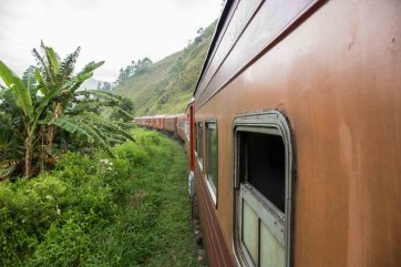 Train_Sri_Lanka