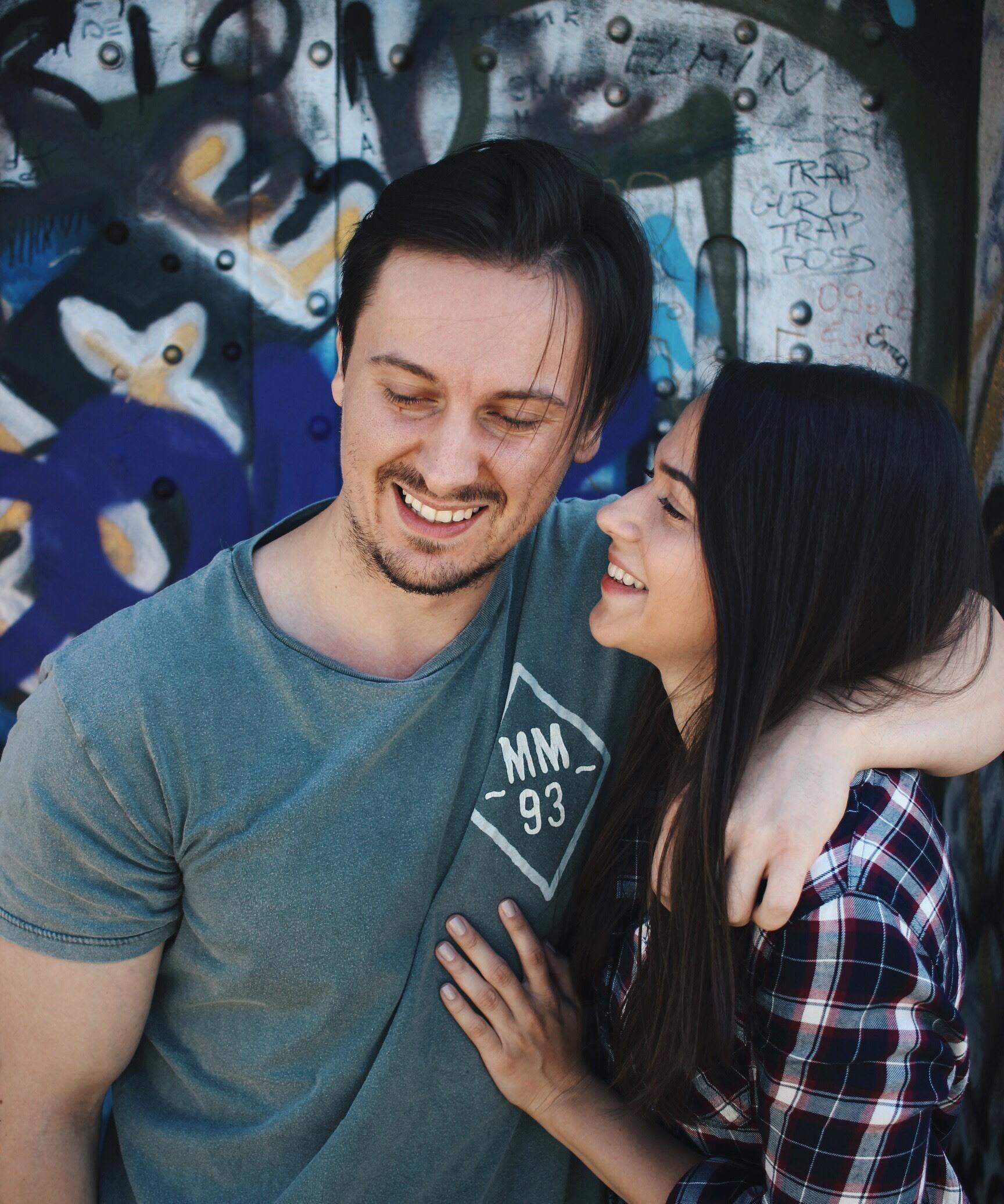 jedna djevojka online dating blogaustin dating događanja