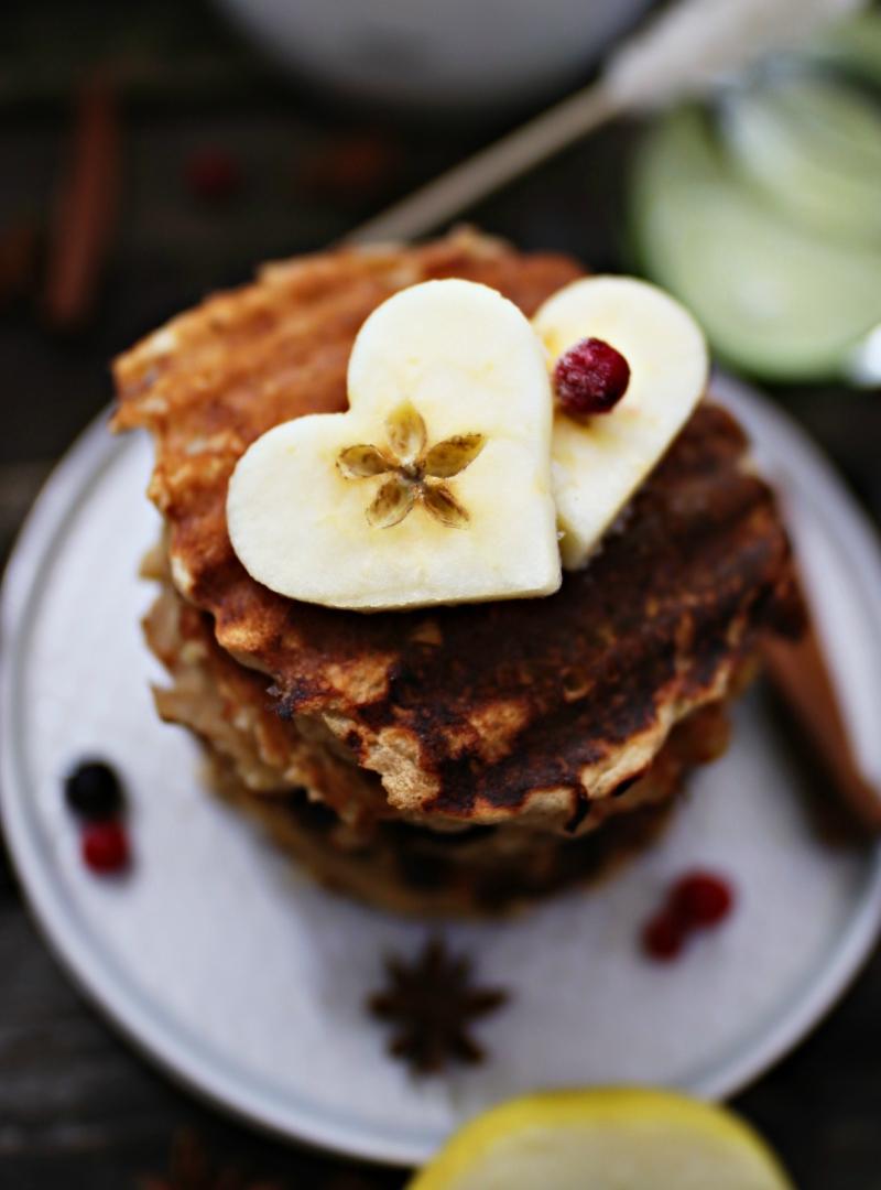 Zdrave palačinke sa jabukama i cimetom