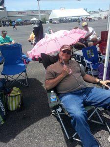 Real men have pink parasols.