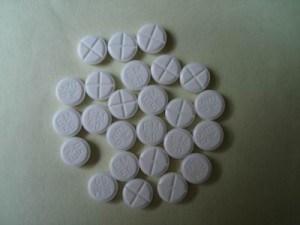 a picture of some clenbuterol pills