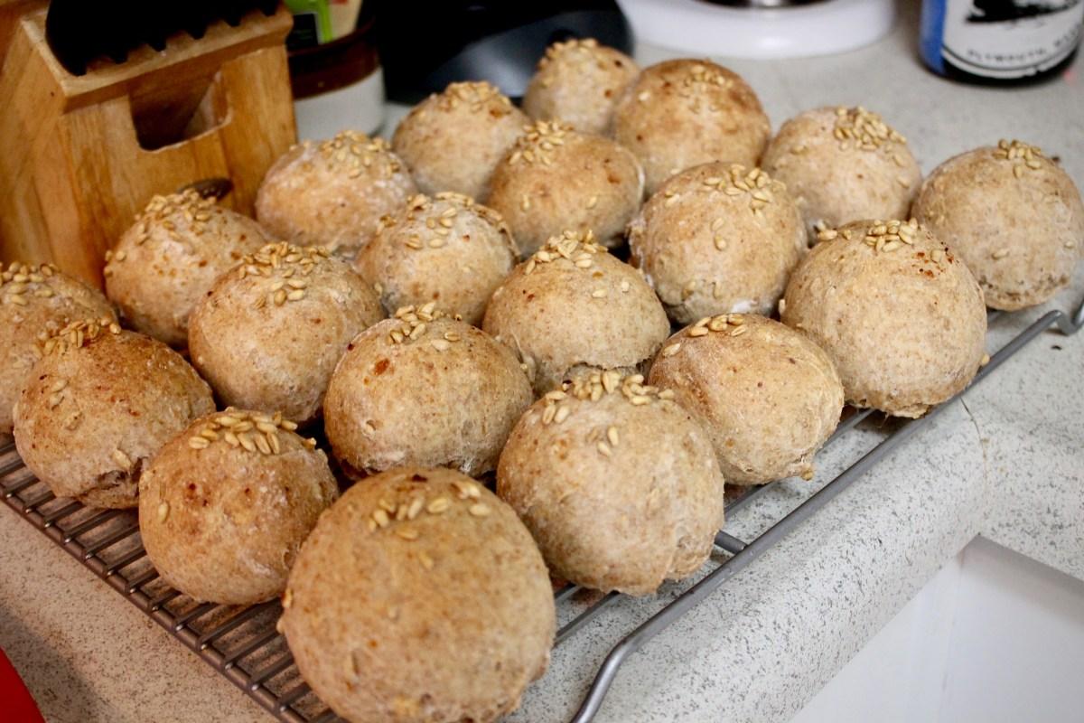 17-5: Hot Seedy Rolls