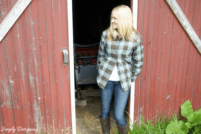 Duluth Shirt Jac leaning