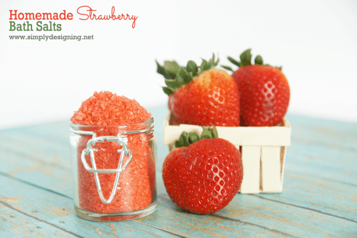 strawberry bath salts