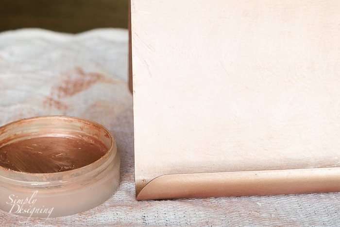 Brushed Metallic Rose Gold DIY iPad Holder - simple to make and so pretty