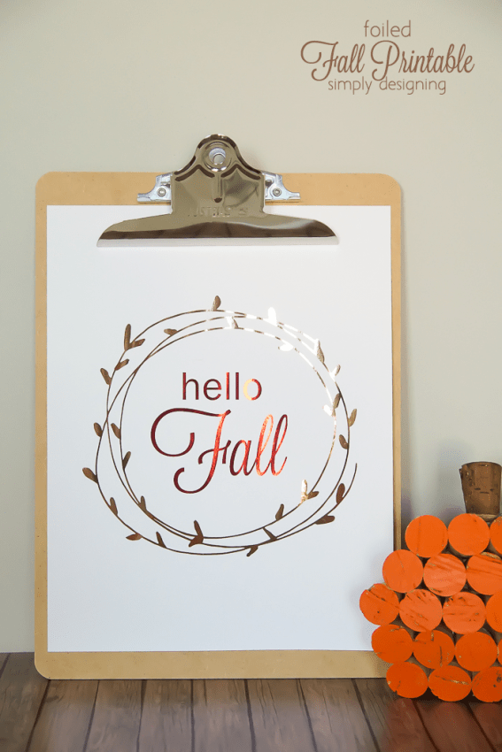 foiled fall printable - this free fall printable is perfect to decorate your home with this autumn