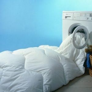 9 Tips Mudah Mencuci Bersih Bedcover