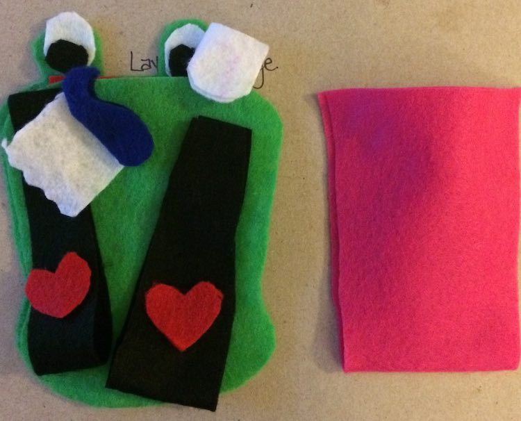 I then cut out blue toothpaste, a white toothpaste tube topper, the body of the toothbrush and toothpaste in black, two hearts to decorate them, and a pink cup. Most of these items are folded over to become 3D or for extra rigidity.