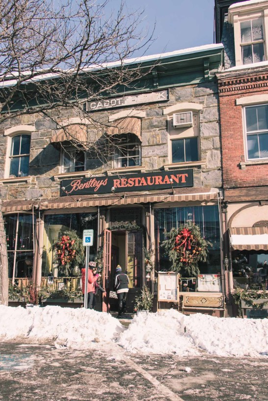 Christmas decorations in front of Bentley's Restaurant in Woodstock, Vermont - Simply Lovebirds - New England Lifestyle Blog