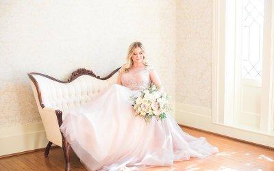 Spring Styled Bridal Shoot at Warrenwood Manor  |  Kentucky Wedding Photographers  |  Keith & Melissa Photography