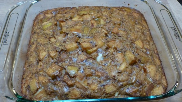 Baked Apple Cinnamon Cake