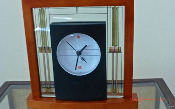 Frank Lloyd Wright Desk Clock