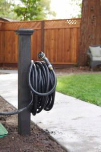 Simple DIY: Hose Holder