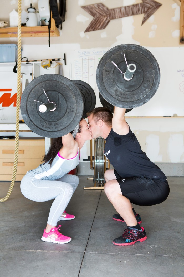 6 WEEK AT-HOME CROSSFIT INSPIRED WORKOUTS: WEEK 1 {Fitness}