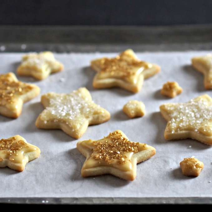 29. Gold Star Iced Cookies | Simply Sated