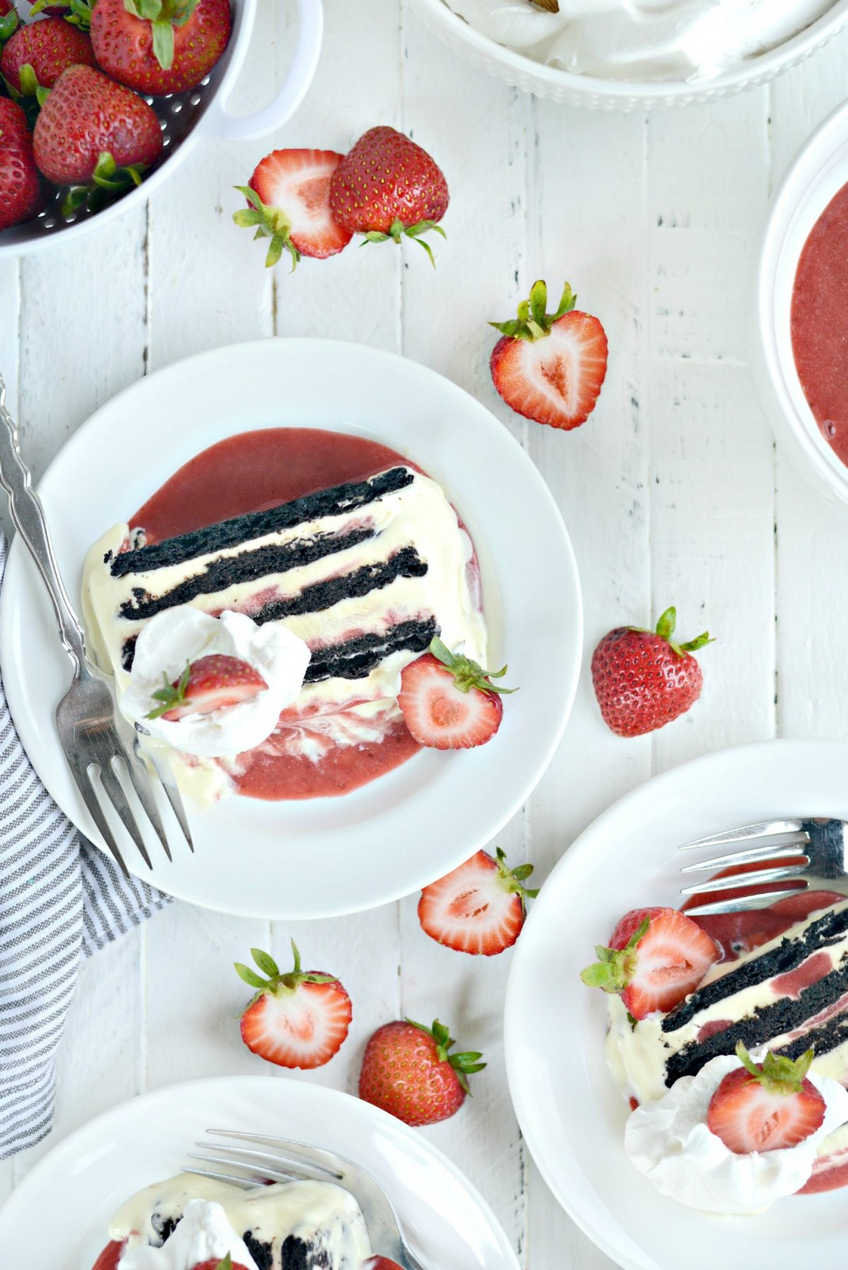 Simply Scratch Strawberry Swirl Mascarpone Ice Cream Cookie Cake with Pampered Chef  Simply Scratch