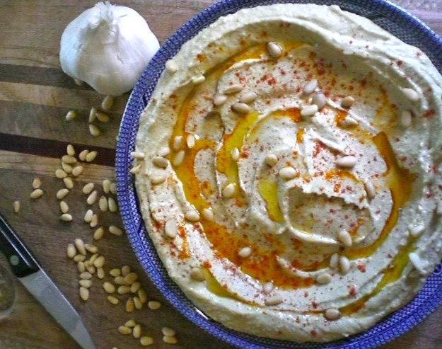 Authentic Syrian Hummus | Simply Scrumptious by Sarah