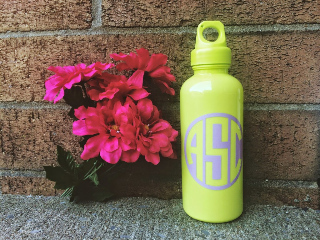 diy monogram water bottles