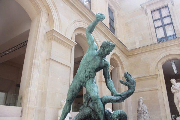 Exploring Louvre Museum In Paris - Simply Sinova