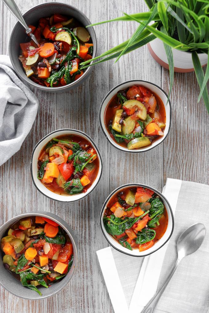 طريقة شوربة خضار متبلة رمضان Vegetable-Soup-3-cop