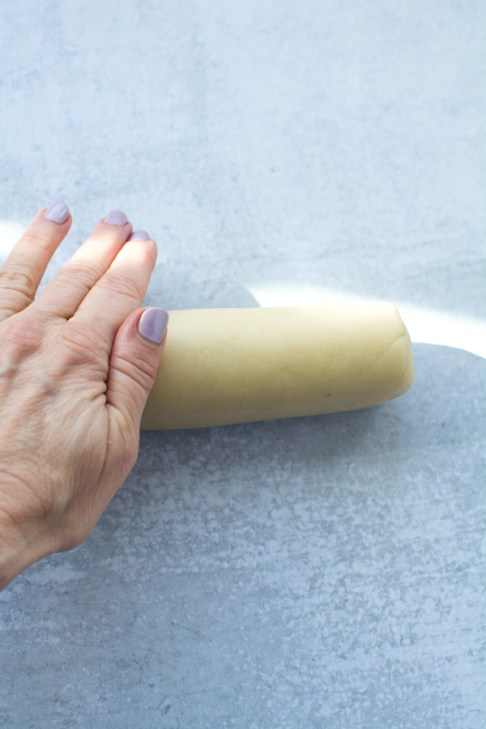 Roll of marzipan