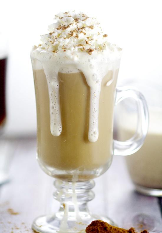 Homemade-Cinnamon-Vanilla-Coffee-Creamer-3