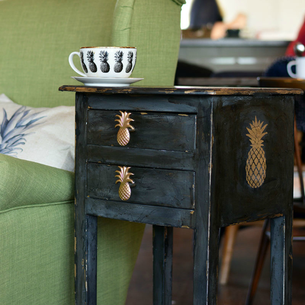 Pineapple Console Table Upcycle