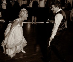 Art Deco first dance to band