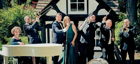 Simply Swing Ballroom & Latin American Band