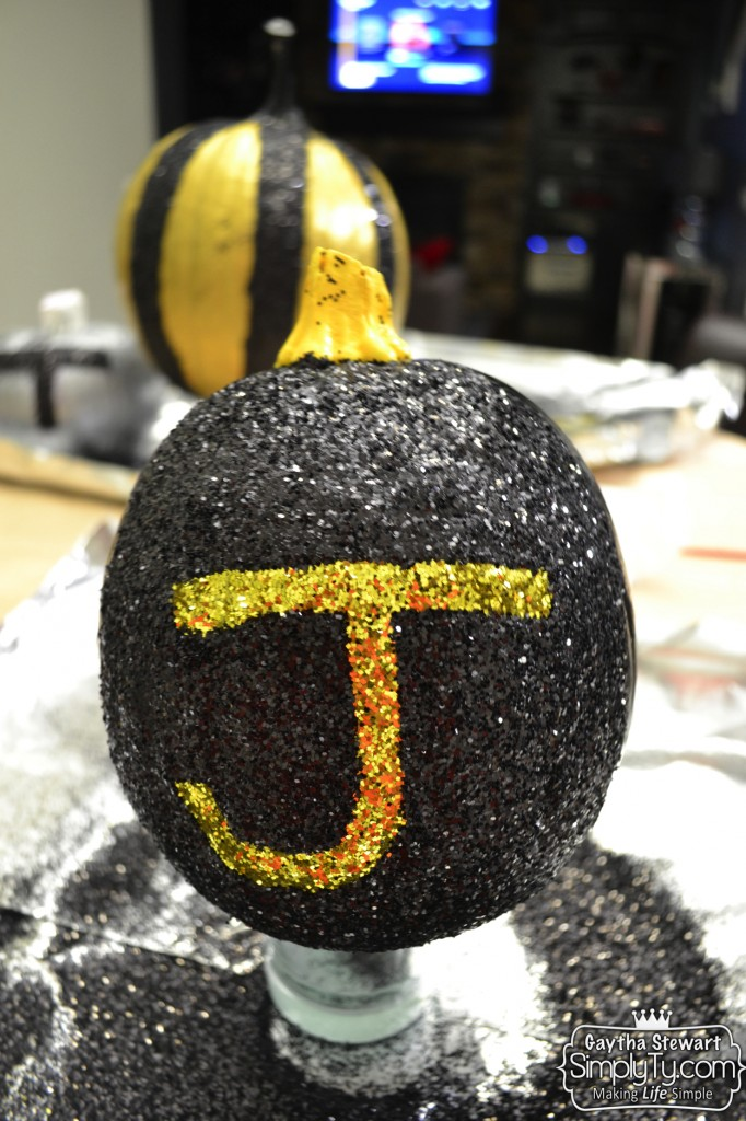 GlitteredPaintedPumpkins8