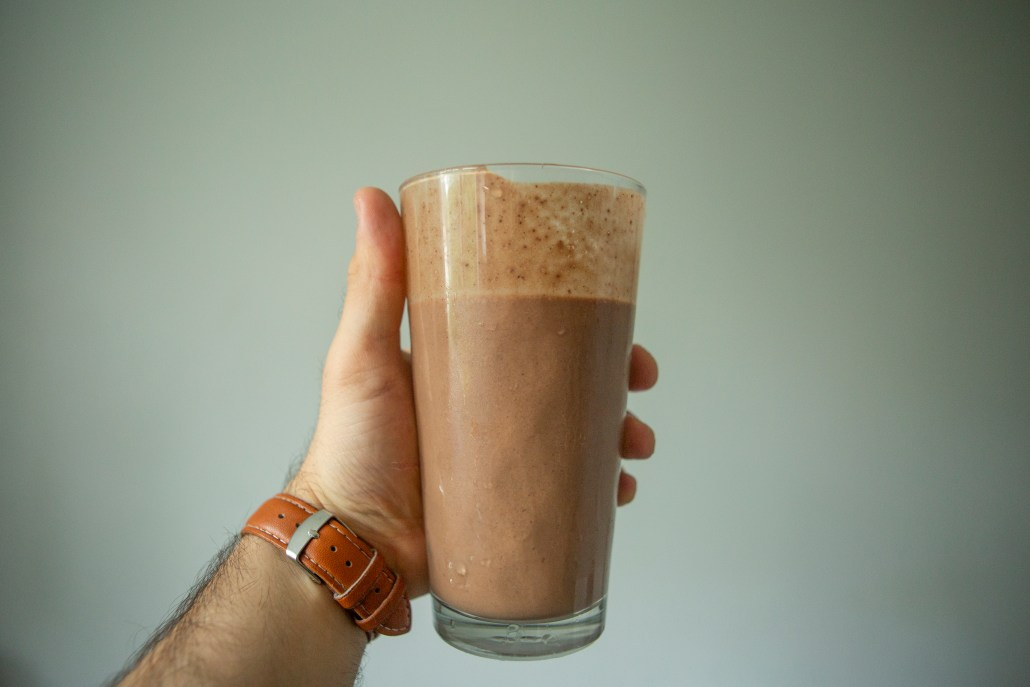 """Snickers"""" Protein Shake – Simply Vegan Food"""