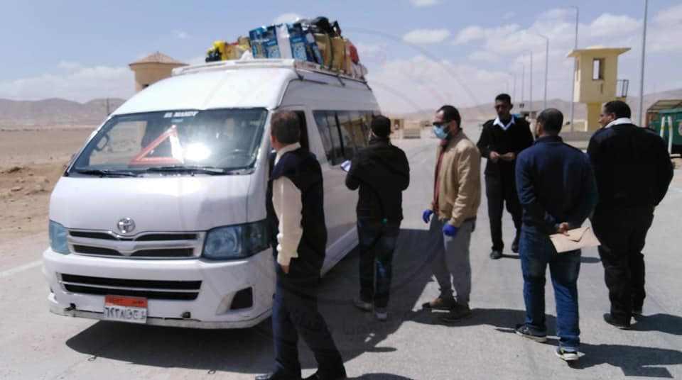 فريق فحص طبي بمداخل مدينة نخل كمين صدر الحيطان لتسجيل كل الوافدين إلى المدينة