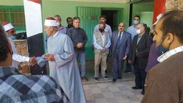 بالصور.. رئيس أزهرية جنوب سيناء يتفقد معاهد سانت كاترين