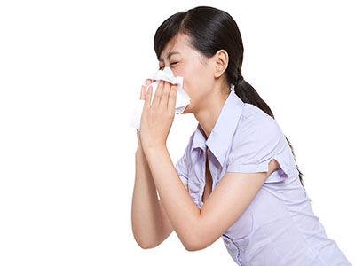 夏季熱傷風的癥狀及治療方法 導語:感冒是日常人們生活中常見的一種疾病,感冒一年四季都有,感冒風俗分 ...