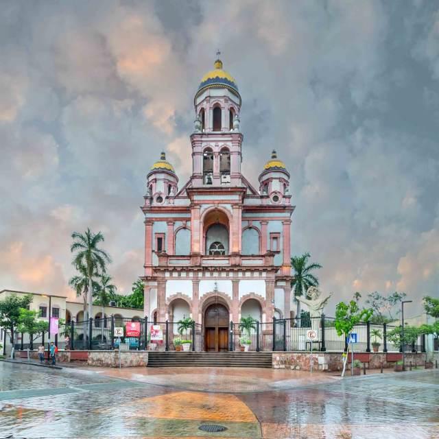 Parroquia del Sagrado Corazón de Jesús en Culiacán