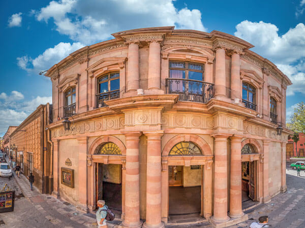 Teatro Angela Peralta