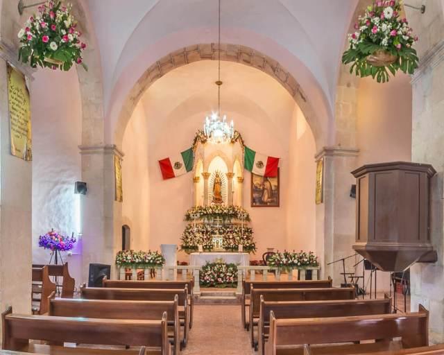 Altar principal de la Capilla de la Virgen de Guadalupe en Cosalá