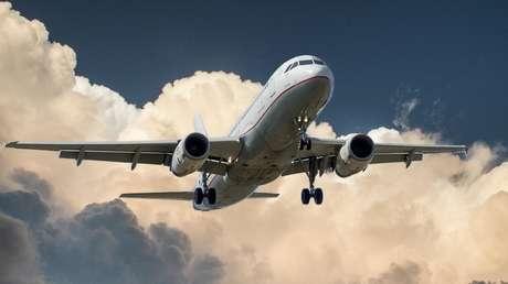 Avión de Ámsterdam tuvo que regresar por explosión del volcán Popocatépetl