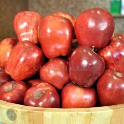 Apple Cinnamon Hot Cross Buns