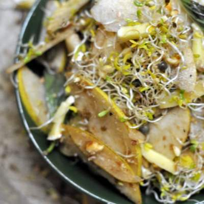 Of Vacations, Going Missing And a Pear and Alfalfa Sprouts Salad Recipe