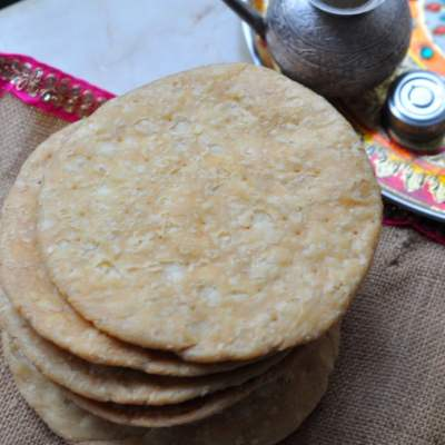Phiki (Saltless) Mathri Recipe