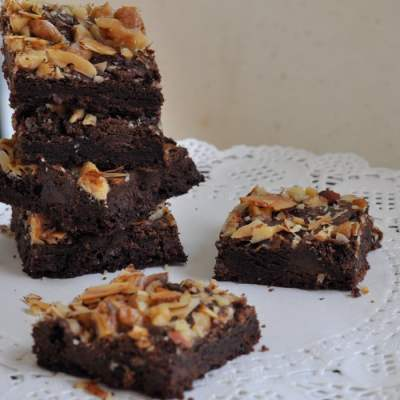 Olive Oil & Mixed Nut Brownies