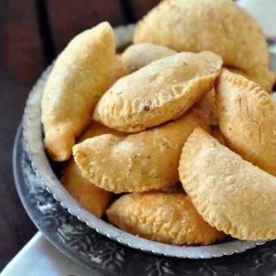 Holi Special Recipe : Mawa Gujiyas