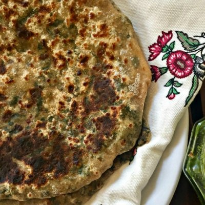 Stuffed Bathua Parantha | Lamb quarter stuffed flatbread